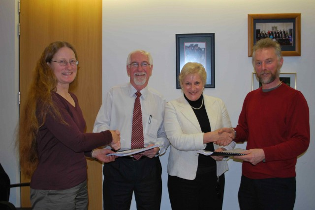 Presenting the Petition to Hon Annette King and Hon Harry Duynhoven